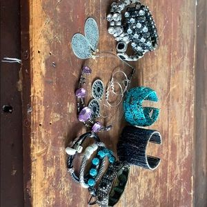 Jewelry - Group of Jewelry